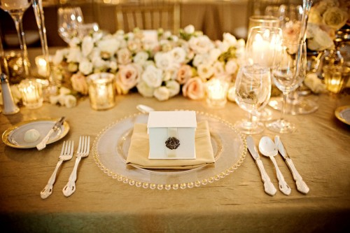 gold and cream table setting place setting wedding gold linens