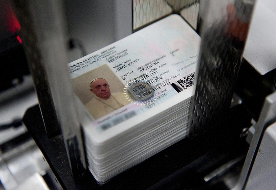 pb-140218-pope-passport-01_1dde3fca929a8c6e72af273d7bea9794