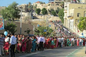Indian_Chaplaincy_procession_on_feast_of_Nativity_of_Mary_Catholic_News_Agency_Credit_Fr_Tojy_Jose_ofm_92414_CNA