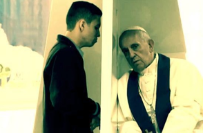 Pope-Francis-hears-a-confession