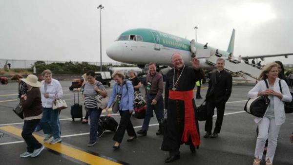 Cardinal-Dolan-Ireland-airport